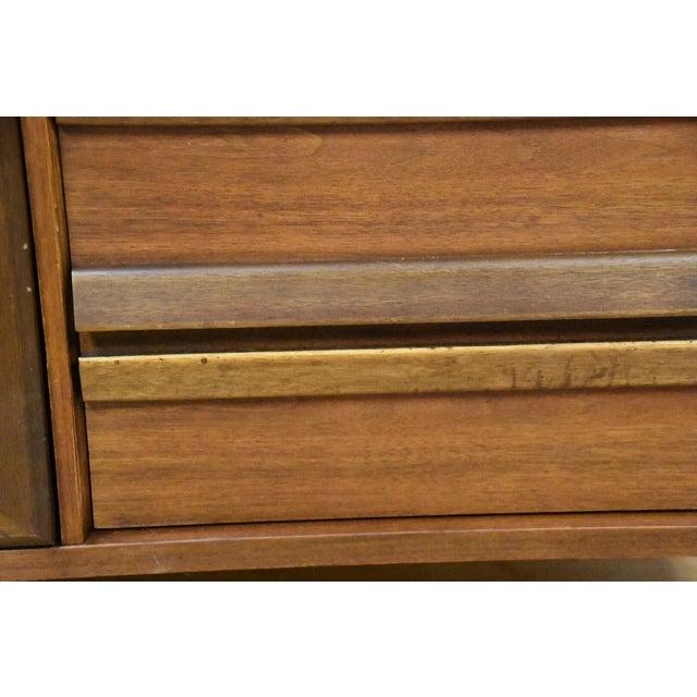 Bassett Mid-Century Walnut Dresser & Mirror For Sale - Image 10 of 11