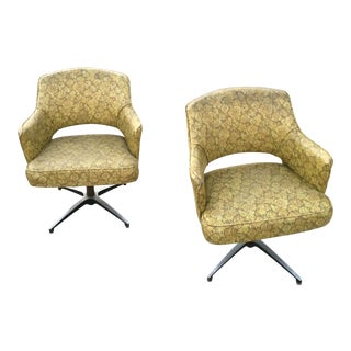 1957 Vintage Eero Saarinen for Knoll Swivel Chairs - A Pair For Sale