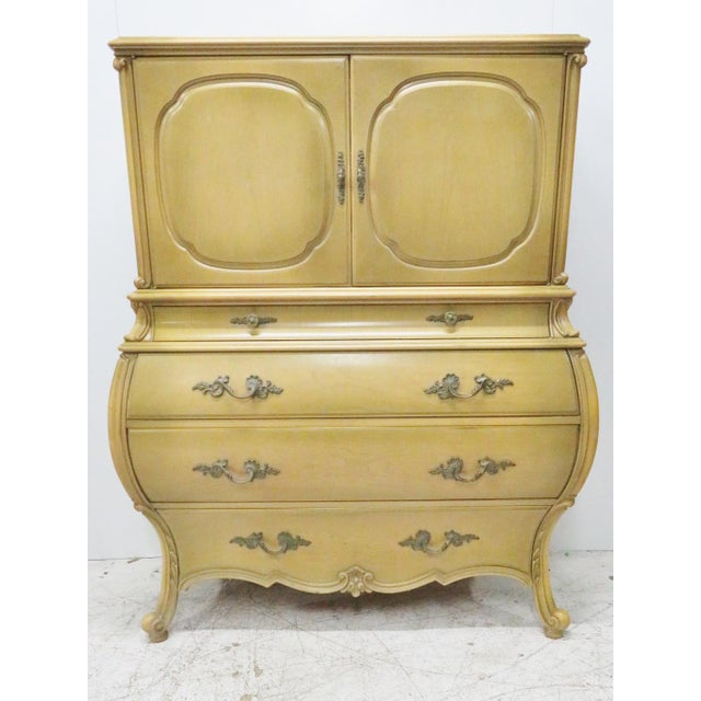 French Style Bombay Chest of Drawers For Sale In Philadelphia - Image 6 of 8