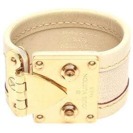Image of Cream Bracelets