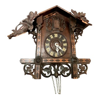 Early 20th Century Black Forest Carved Cuckoo Clock For Sale
