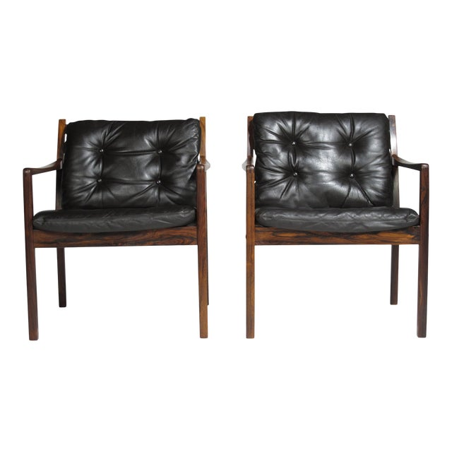 Ole Wanscher Rosewood Lounge Chairs in Original Leather - a Pair For Sale