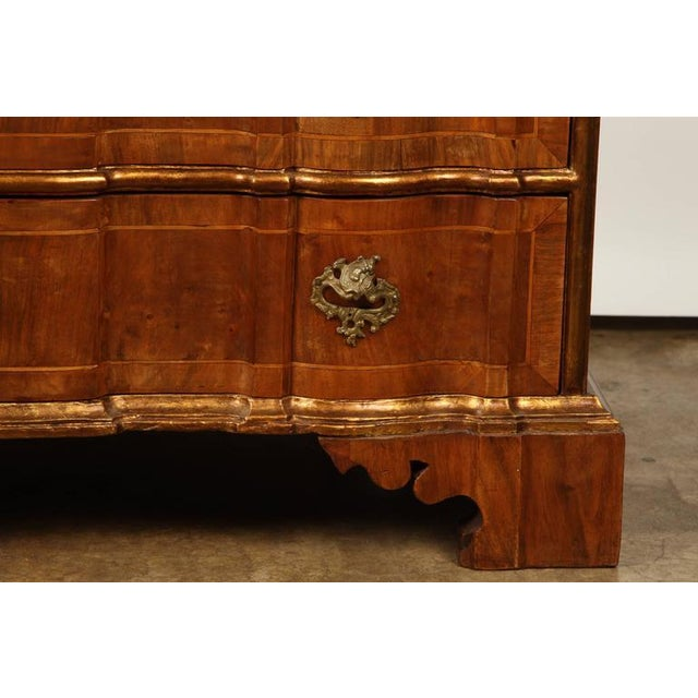 Rococo Danish Rococo chest of drawers with key For Sale - Image 3 of 10