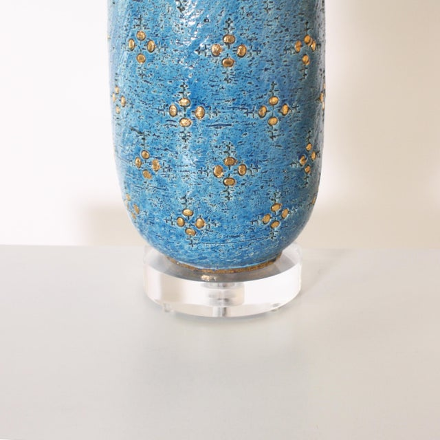 The Marbro Lamp Company Blue Marbro Ceramic Lamp, C. 1960 With Shade For Sale - Image 4 of 8