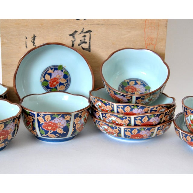 1950s Imari Cherry Blossom Tea Cups and Saucers in Hinoki Wood Box - Set of 10 For Sale - Image 5 of 9