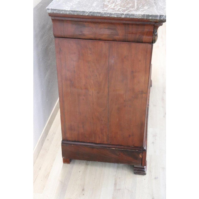 19th Century Italian Mahogany Commode Chest of Drawers With Marble Top For Sale - Image 9 of 13