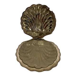 Vintage MId-Century Modern Silver Metal Clam Shell Butter Caviar Dish W/ Frosted White Glass Insert Dish For Sale