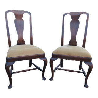 19th Century English Queen Anne Walnut Side Chairs-a Pair For Sale