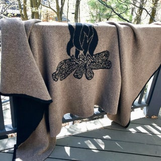 Cabin Collection Blanket in Taupe/Black Preview