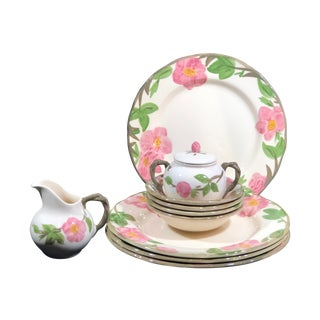 Franciscan Desert Rose Dinner Plates, Bowls, Cream and Sugar - 11 Piece Set For Sale