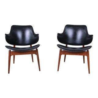 Mid-Century Modern Clam Shell Chairs by Seymour J. Wiener for Kodawood For Sale