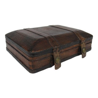Vintage Italian Tooled Leather Gentlemen's Traveling Hand-Held, Lidded Valet Box For Sale