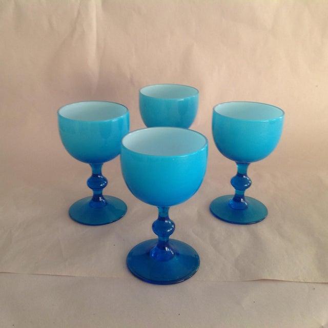 Carlo Moretti Murano Opaline Milk Glass Cordial Glasses by Carlos Moretti - Set of 4 For Sale - Image 4 of 4