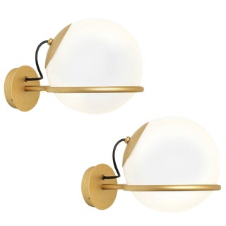 Gino Sarfatti Model 238/1 Wall Lamps - a Pair For Sale
