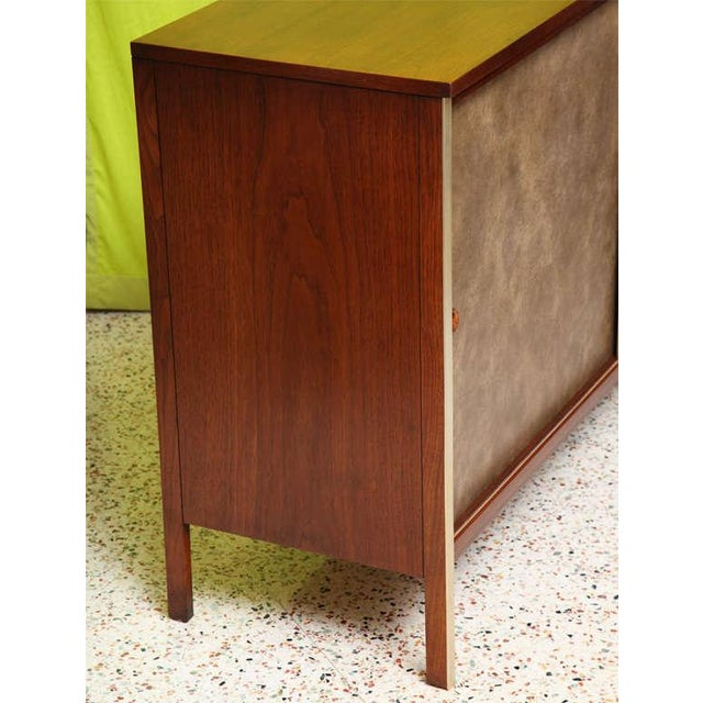 Calvin Collection by Paul McCobb Walnut Breakfront Buffet - Image 8 of 9